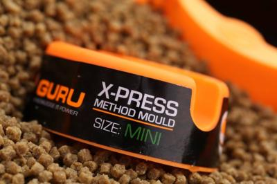 Moule Guru Method Feeder X-Press Large